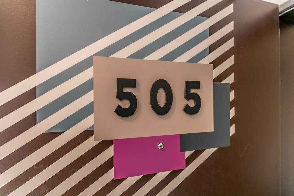295 Cundles Rd E 505-100